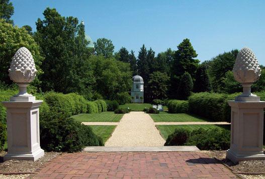 William-Paca-Garden-July-2009